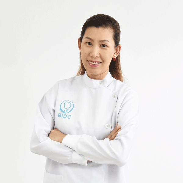 ทันตแพทย์หญิง ศริญญา เอกพิทักษ์ดำรงค์ DDS., MSc., Dentist Bangkok